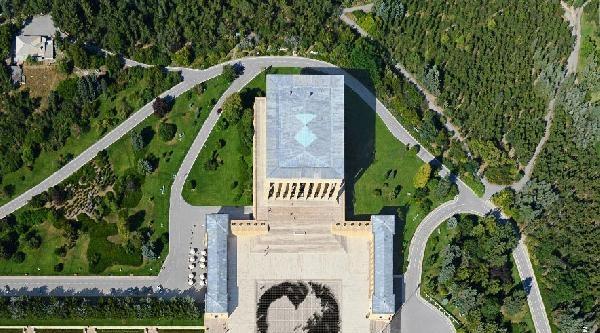 6 Bin Kişi İle Atatürk Portresi
