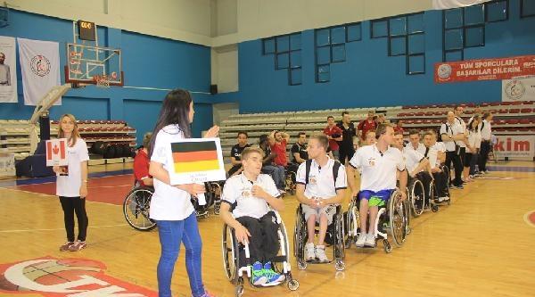 6. Dr. Trawınskı Uluslararası Tekerlekli Sandalye Basketbol Turnuvası'ndan Fotoğraflar