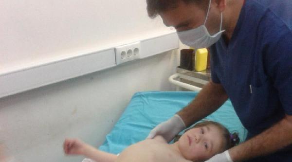 6 Yaşındaki Kız, Çökelek Kazanına Düşerek Yaralandı