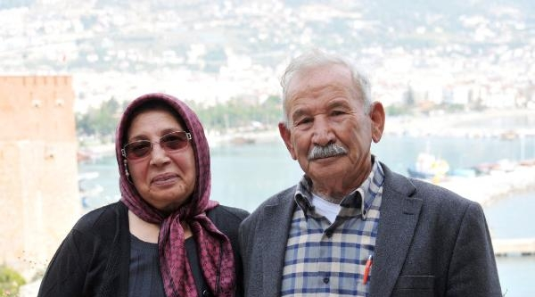 70 Yaşında Kadın Muhtar Adayı