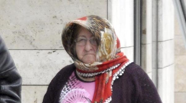 70 Yaşındaki Kadın Fuhuşa Yer Teminden Gözaltına Alındı