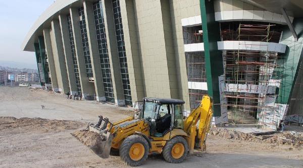7 Bin 500 Seyirci Kapasiteli Nilüfer Spor Salonu, 18 Yil Sonra Tamamlaniyor
