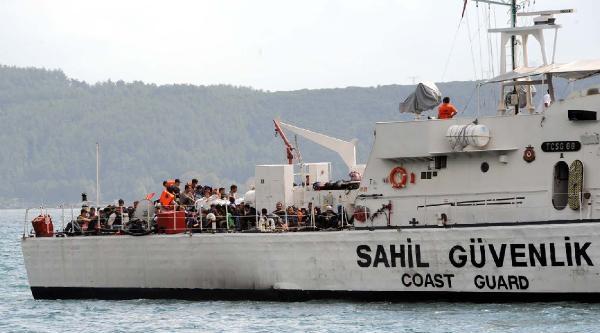 82 Kaçak Karadeniz'de İki Gün Ölüme Terk Edildi