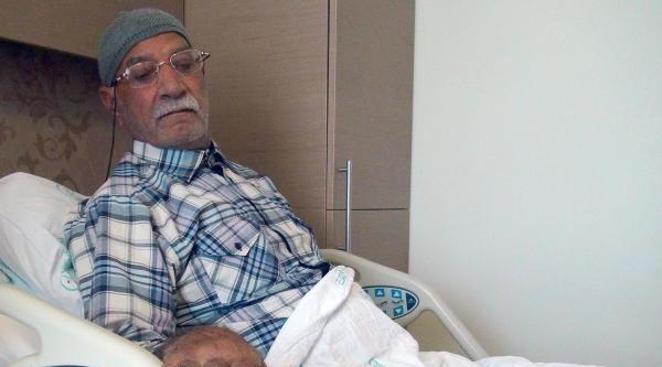86 Yaşındaki Hastanın İdrar Yollarından 74 Taş Çikarildi