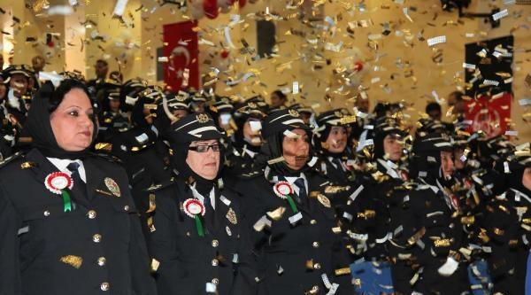 94 Kadın Afgan Polis Mezun Oldu