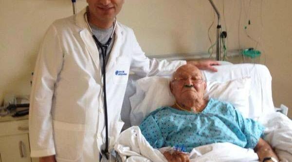 96 Yaşinda Kalp Ameliyati Dünya Tip Literatürüne Girdi / Eski Anayasa Mahkemesi Başkani Müftügil 96 Yaşinda Ameliyat Masasina Yatti / Tavi Yöntemiye Kalp Kapakçiği Değiştirildi