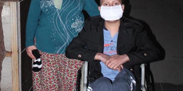 9 Aydir Lösemi Tedavisi Gören Ibrahim Ilik Bekliyor
