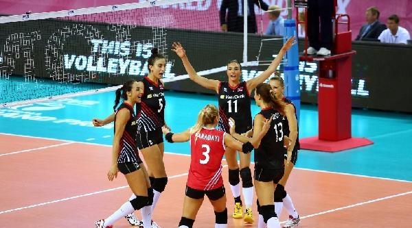 A Milli Bayan Voleybol Takımımız, 2014 Fıvb Dünya Grand Prix'inde Finallere Yükseldi