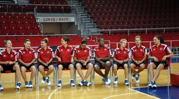 A Milli Kadın Basketbolcular, 2014 Fıba Kadınlar Dünya Şampiyonasi'nda Madalya Hedefliyor