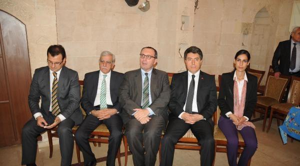 Ab Gençlik Forumu'nda Soma İçin Saygı Duruşu