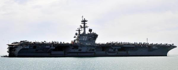 Abd Uçak Gemisi Antalya Açıklarına Demirledi