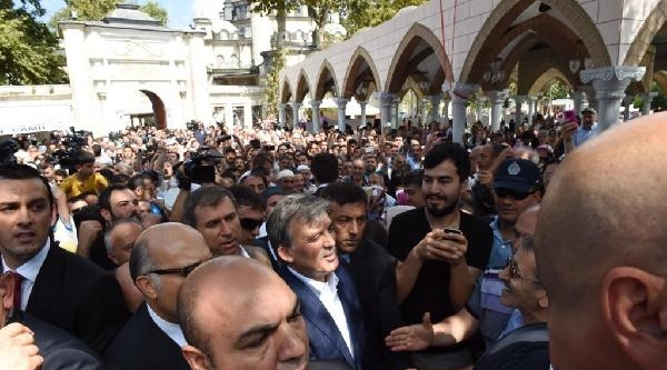 Abdullah Gül, Eyüp Günlüğünü Twitter'dan Paylaştı