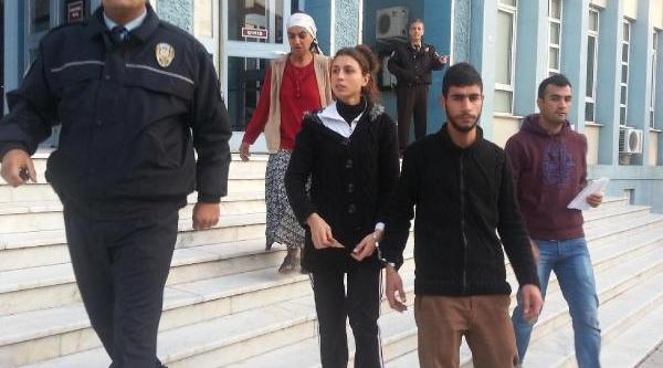Abla- Kardeş, Hirsizlik Suçlamasiyla Tutuklandi