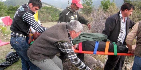 Açlik Grevindeki Köylü Hastaneye Kaldirildi