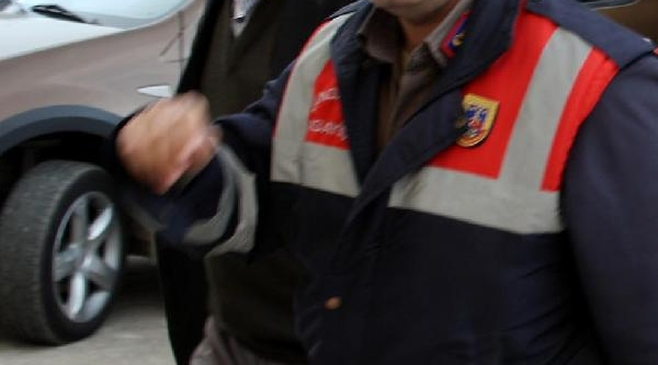 Adam Dövdürtmekten Aranan Belediye Başkani Yakalandi