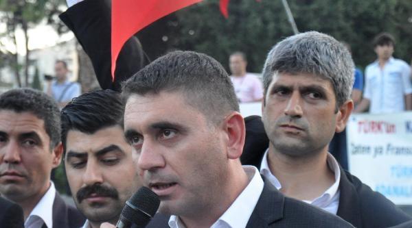 Adana Ülkü Ocakları'ndan Bayrak Tepkisi