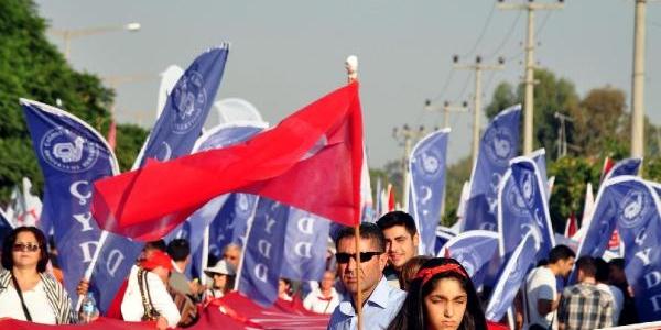 Adana'da Alternatif Kutlamada Andimiz Okundu