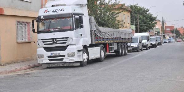 Adana'da Bir Tir Dolusu Bomba Ele Geçirildi (1)