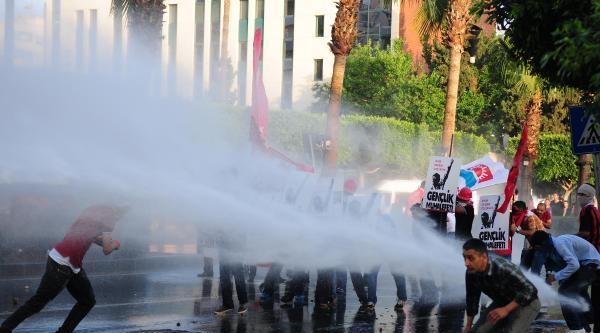 Adana'da Gezi Eylemine Müdahale (fotoğraflar)