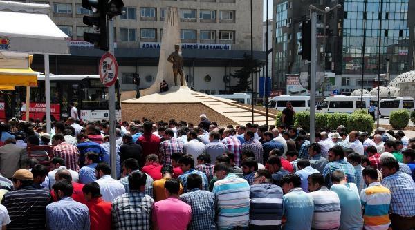 Adana'da Liselilerden Soma'da Ölenlere Anma (2)