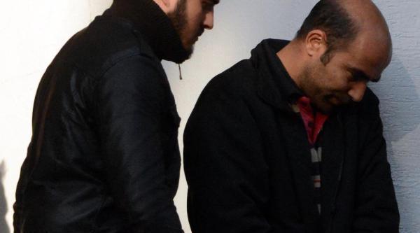 Adana'da Otobüste Ele Geçen Mühimmatla Ilgili Adliyeye Sevk Edilen 3 Kişi Serbest Birakildi