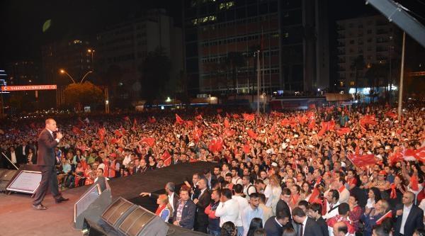 Adana'da Volkan Konak Konseri