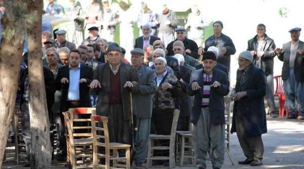 Adana'da Yağmur Duasi
