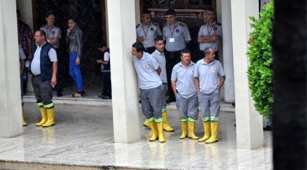 Adana'da Yağmur Sel Oldu / Ek Fotoğraflar
