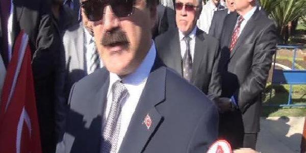 Adana'daki Çelenk Töreninde Vali Ile Belediye Başkan Vekili Tartişti (2)