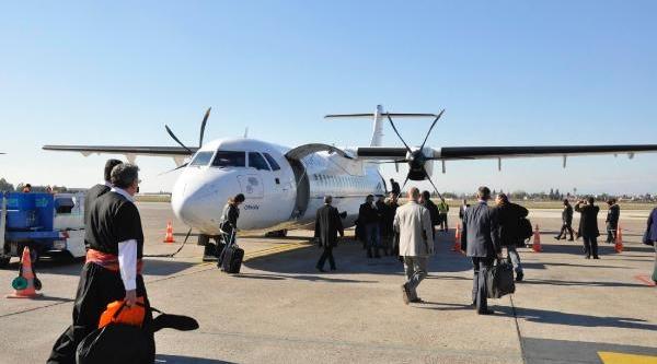 Adana'dan Elaziğ'a Sazli Sözlü Ilk Uçak Seferi