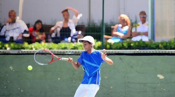 Adana'nın Tenisteki Gururu Oldu