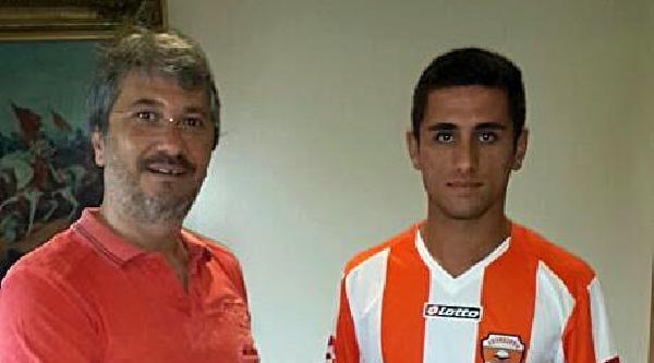 Adanaspor'a 17 Yaşındaki Sabit'ten 4 Yıllık İmza