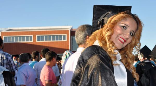 Adıyaman Üniversitesi'nde 5 Bin Öğrenci Mezun Oldu