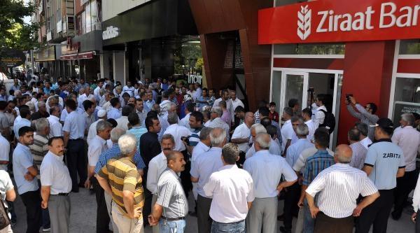 Adıyaman'da Başbakan Erdoğan'ın Hesabına Bağış