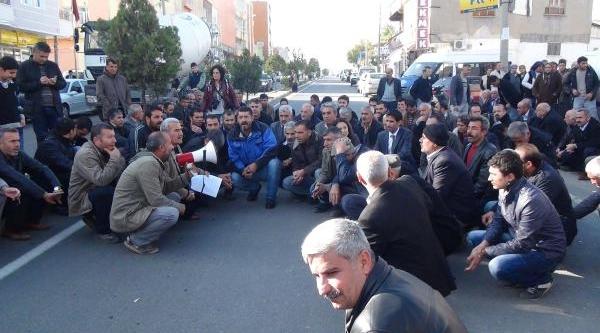 Adiyaman'da Bdp'liler Kapi Işaretlemeyi Protesto Etti