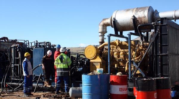 Adiyaman'Da Günde 10 Bin Varil Petrol Üretiliyor