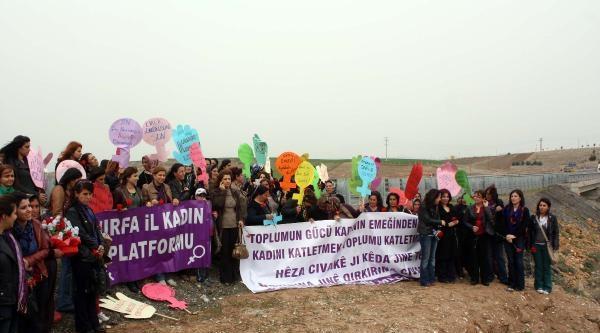Adıyaman'da Kesk Üyesi Kadınlar, Kazada Ölen 10 Tarım İşçisi Kadını Andı