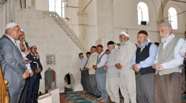 Adıyaman'da, Ölen Maden İşçileri İçin 760 Camide Mevlit Okutuldu