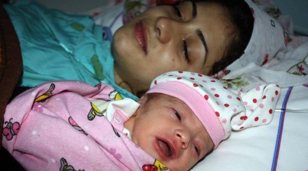 Adiyaman'da Yeni Yilin Ilk Bebeği Dünyaya Geldi
