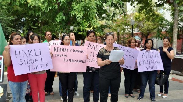 Adıyamanlı Kadınlardan 'kadın Cinayetleri' Protestosu