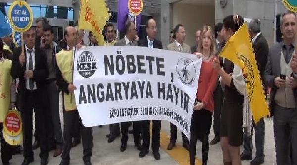 Adliye Çalişanlarindan Protesto