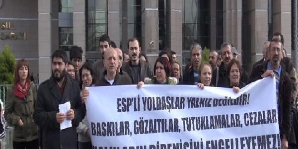 Adliye Önünde 'gözalti' Protestosu