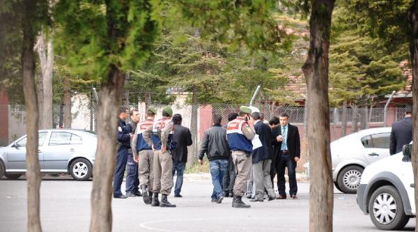 Adliyeden Kaçan Tutuklu Vurularak Yakalandı