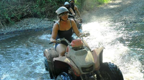 Adrenalin Tutkunlarının Yeni Gözdesi Quad Safari