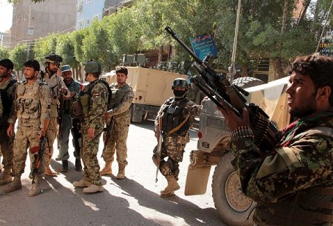 Afganistan Parlamentosu'na bombalı saldırı