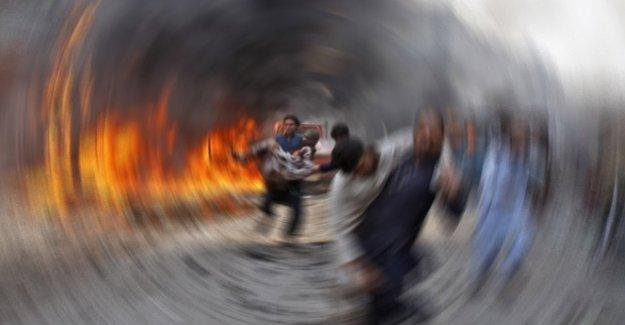 Afganistan'da bombalı saldırı: 2 ölü, en az 40 yaralı