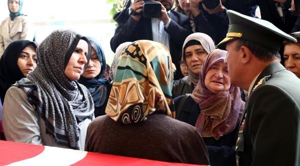 Afganistan'daki Saldırıda Ölen Mühendis Fuat Taş Ankara'da Toprağa Verildi