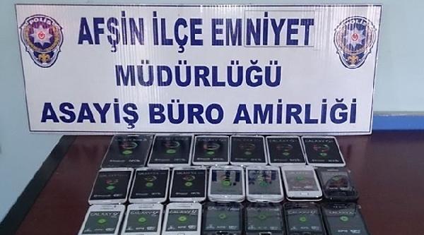 Afşin'de 26 Kaçak Cep Telefonu Ele Geçirildi