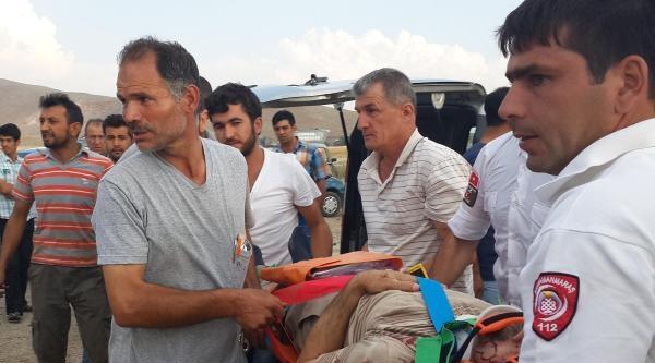 Afşin'de Kaza: 3 Yaralı