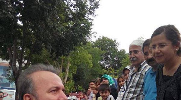 Afyonkarahisar Valisi, Eylemci Öğrencileri Dinledi